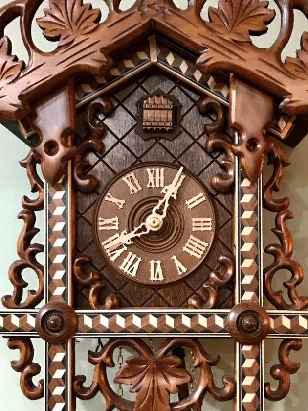 cuckoo clock1